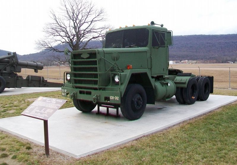 M915A1 Line Haul Tractor and Marker image. Click for full size.