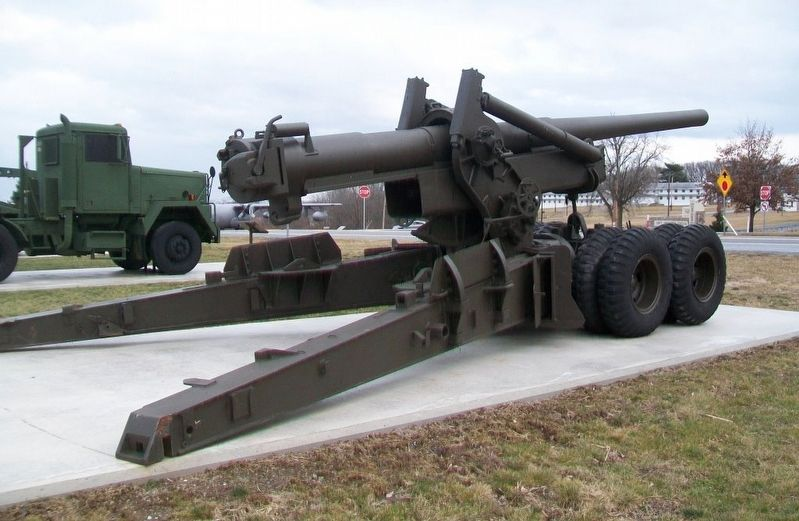 M2/M59 Howitzer image. Click for full size.