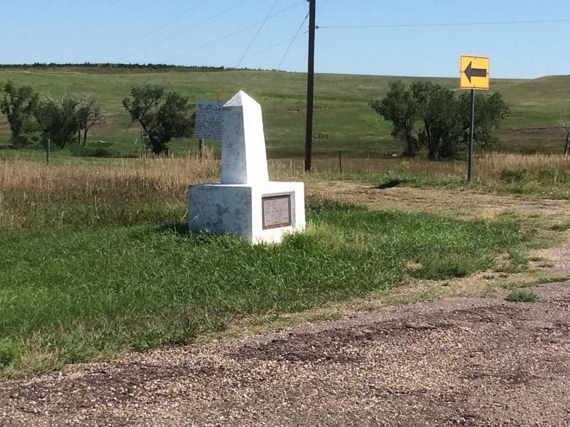 Plum Creek Waterhole & Station Marker image. Click for full size.
