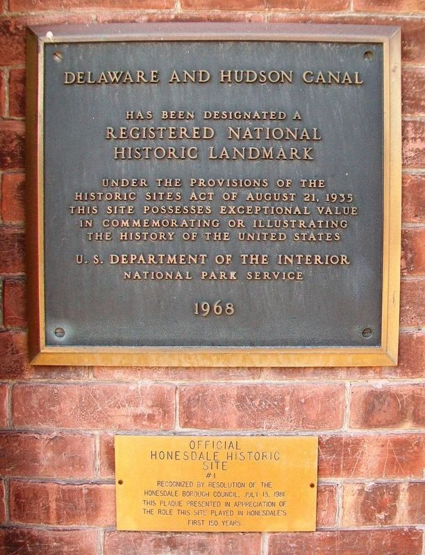 Delaware & Hudson Canal National Historic Landmark Marker image. Click for full size.