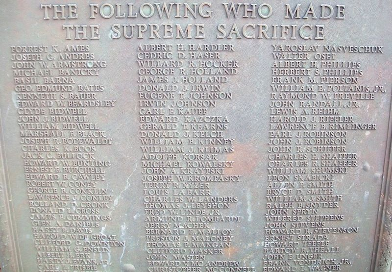 World War II Memorial Marker Detail image. Click for full size.