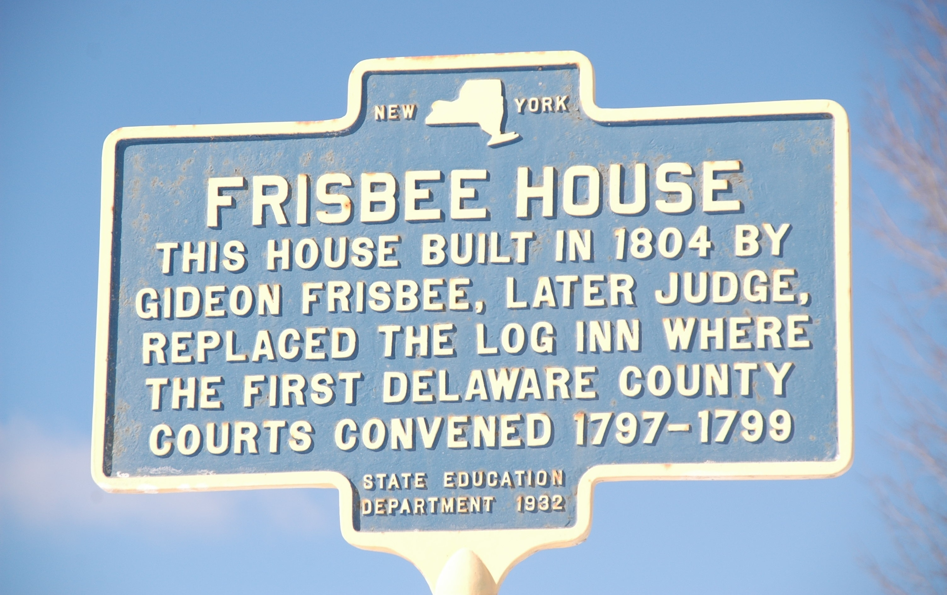 Frisbee House Marker