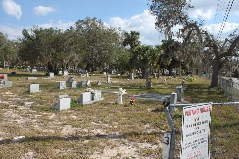 LaGrange/Mims Community Cemetery Graves image. Click for full size.