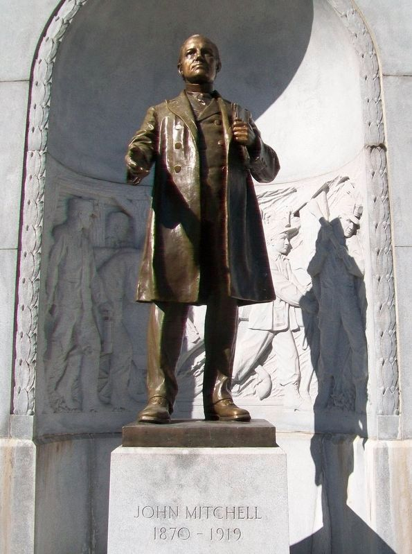 John Mitchell Statue image. Click for full size.