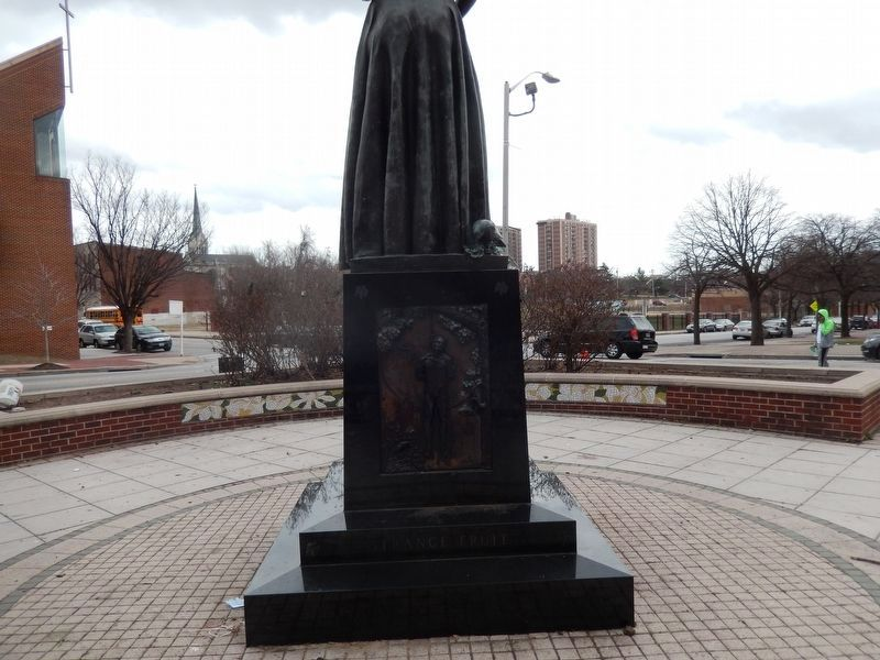 Billie Holiday Monument. Marker-Rear image. Click for full size.