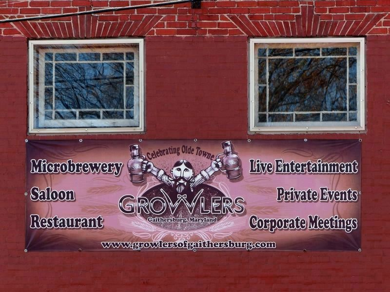 Growlers, Celebrating Olde Towne image. Click for full size.