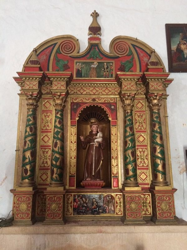 An additional tableau of Saint Anthony of Padua in the nave of the convent's chapel. image. Click for full size.