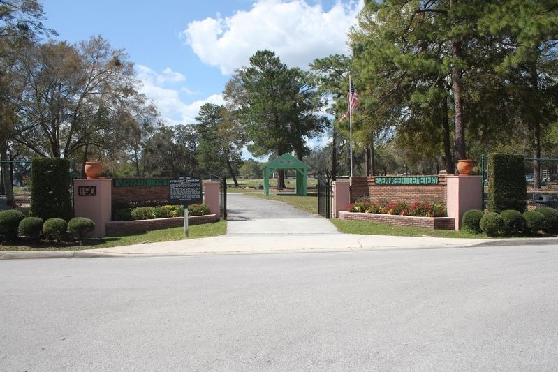 Evergreen Cemetery Marker and entrance image. Click for full size.
