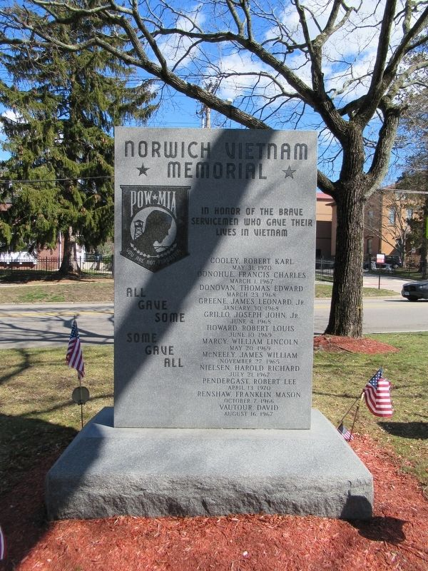 Norwich Vietnam War Memorial image. Click for full size.