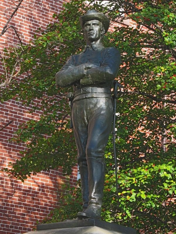 The Confederate Soldier Statue image. Click for full size.