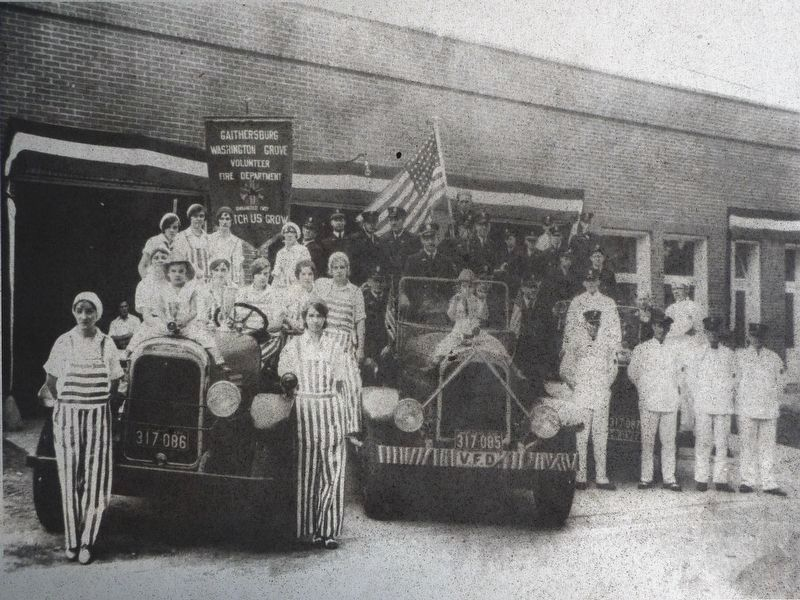 The Gaithersburg - Washington Grove Volunteer Fire Department circa 1930 image. Click for full size.