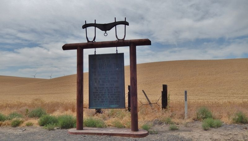 This Marks the Crossing of the Old Oregon Trail Marker (<b><i>wide view</b></i>) image. Click for full size.