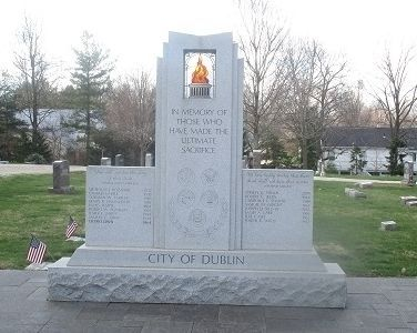 Dublin Veterans Memorial image. Click for full size.