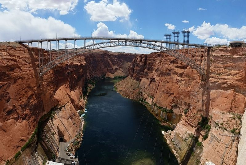 Glen Canyon Bridge image. Click for full size.