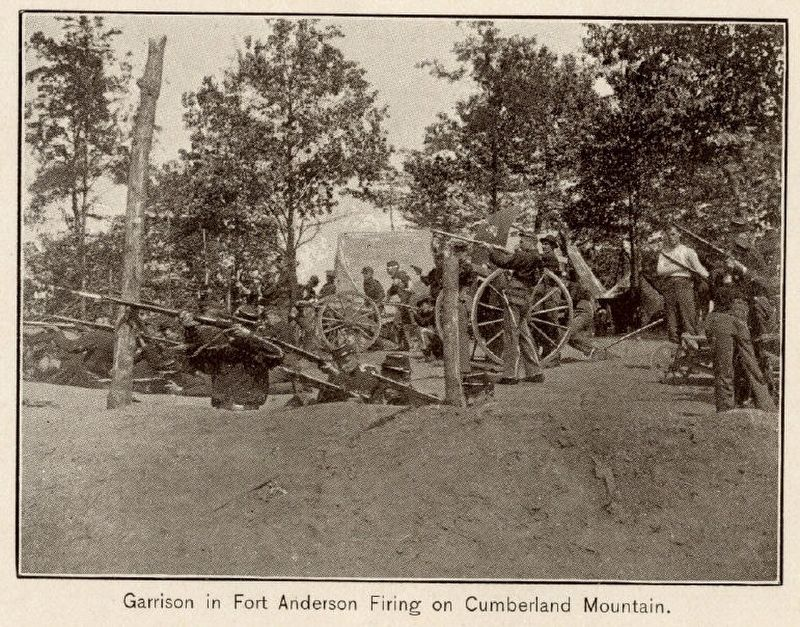 Tennessee National Guard in Fort Anderson on Militia Hill. image. Click for full size.