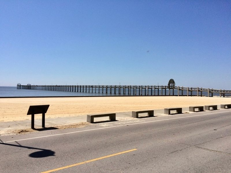 View of marker and the Pascagoula Promenade. image. Click for full size.