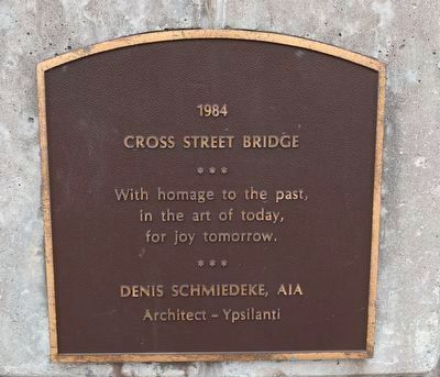Plaque on the Cross Street Bridge image. Click for full size.