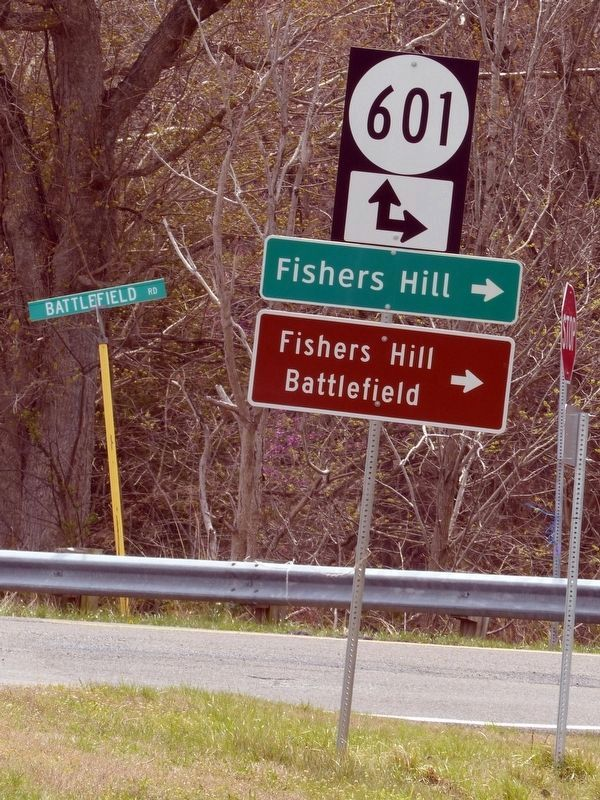 Battlefield Road (Virginia 601) and the Valley Pike (Virginia 11) image. Click for full size.