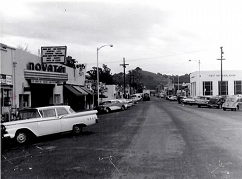 Grant Avenue in the 1950s image. Click for full size.