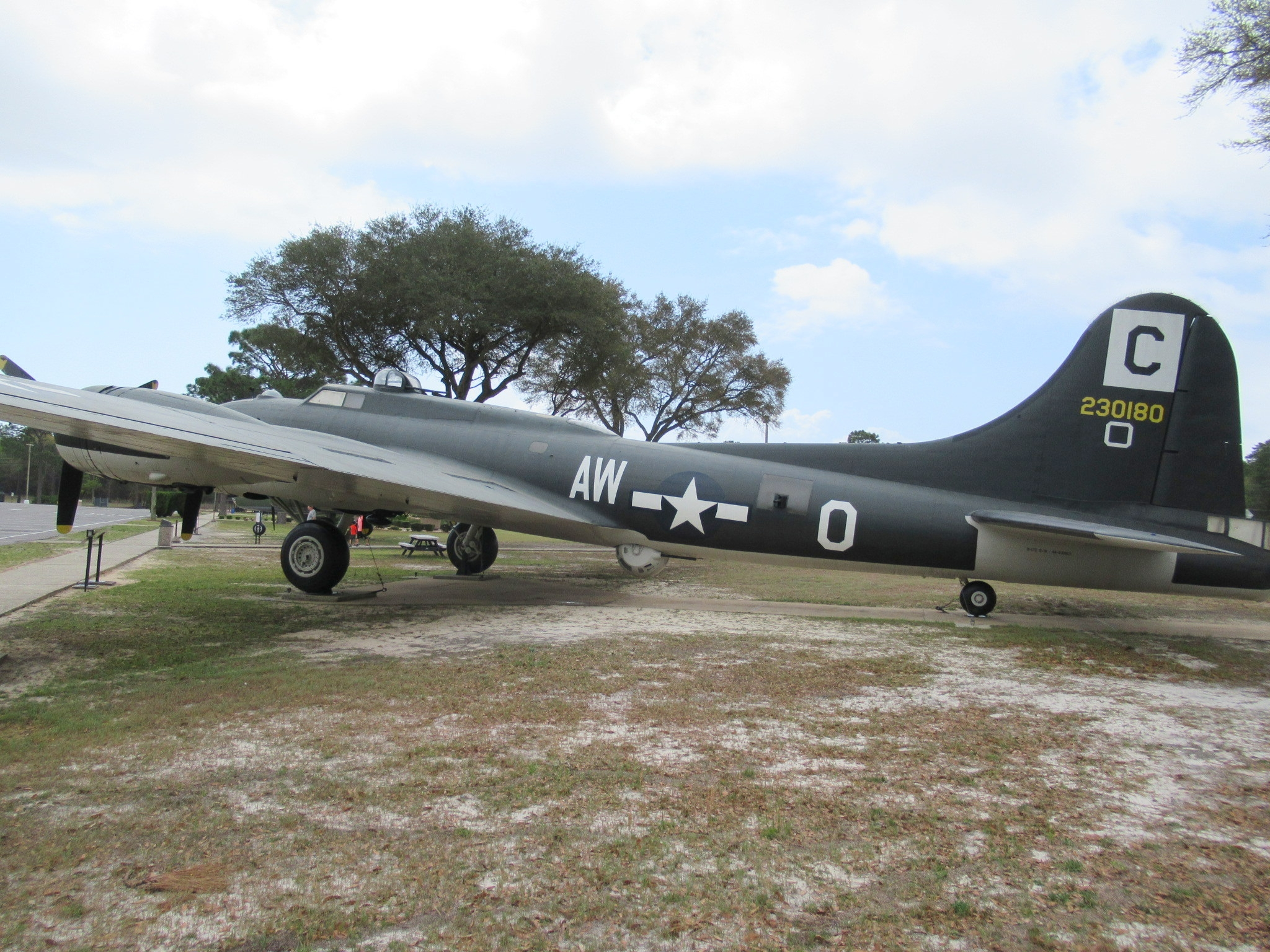 B-17 Flying Fortress Marker
