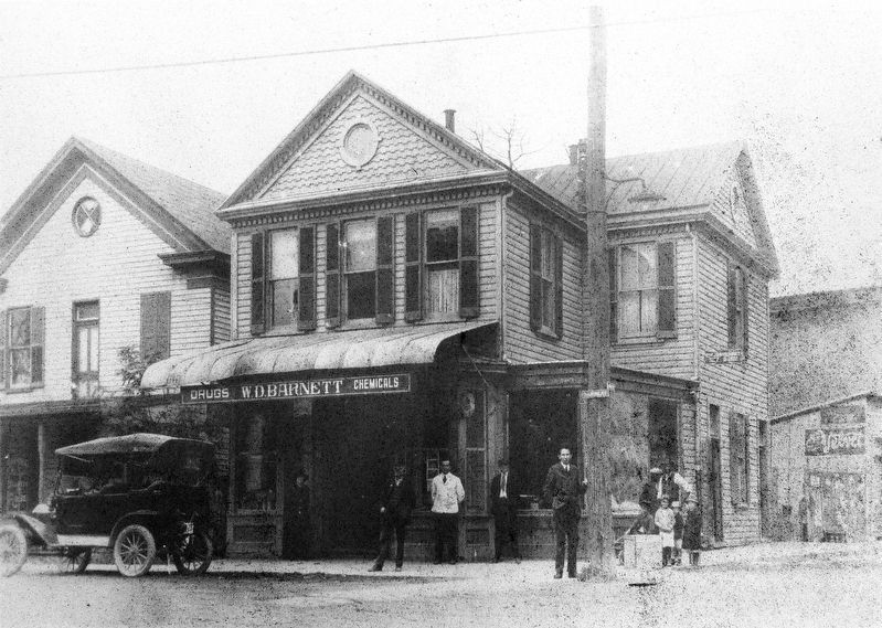 W. D. Barnett Drugs and Chemicals <br> Diamond Drug Store, circa 1920 image. Click for full size.