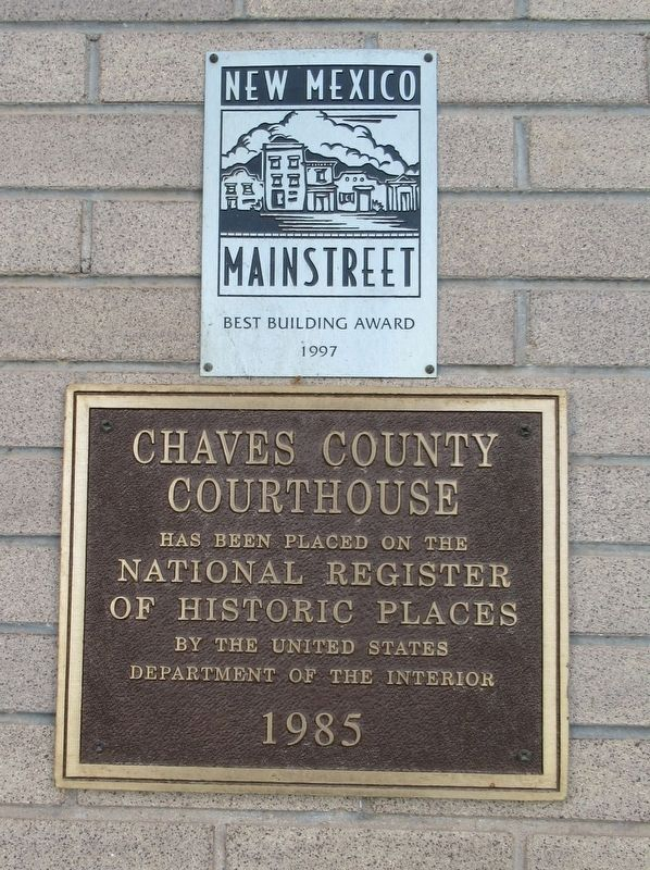 Chaves County Court House Marker image. Click for full size.