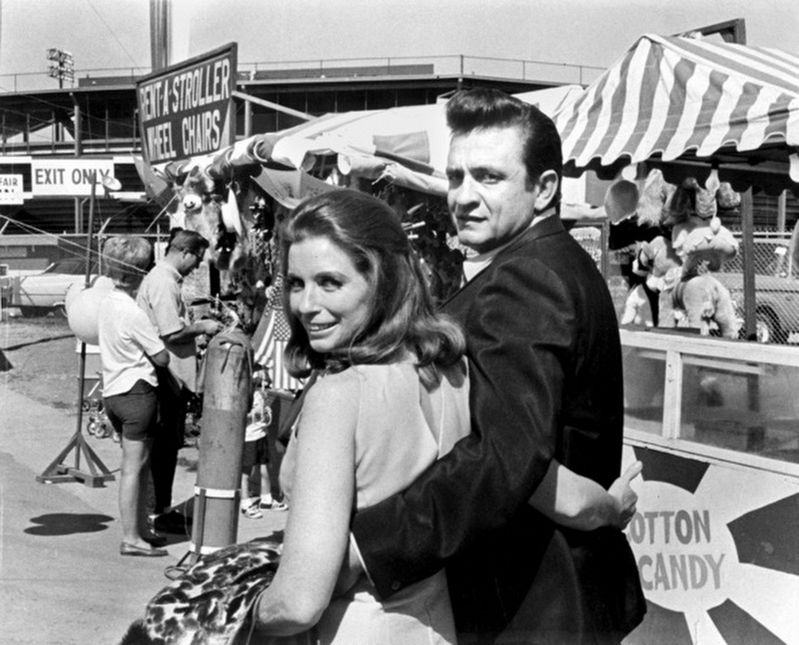 Johnny Cash and June Carter Cash at the Mid-South Fair, Memphis, Tennessee 1968 image. Click for full size.