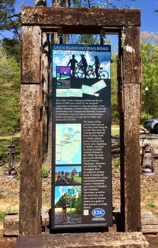 Underground Railroad Bicycle Route Marker (Front) image. Click for full size.