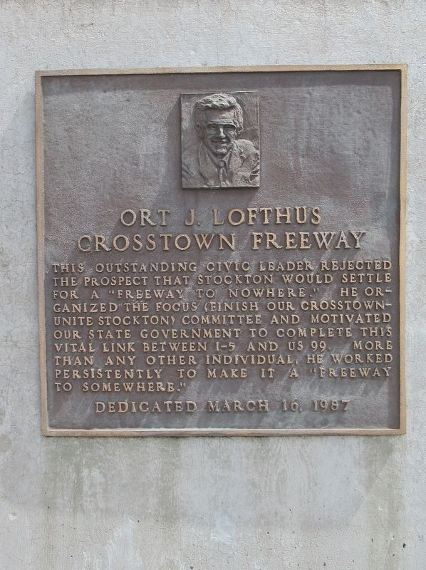 Ort J. Lofthus Crosstown Freeway Marker image. Click for full size.