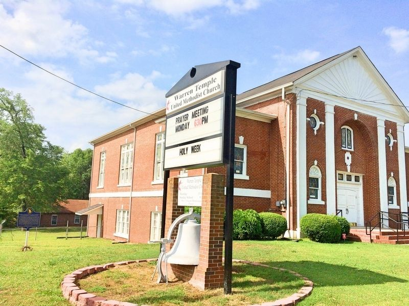 Warren Temple United Methodist Church with marker on left side. image. Click for full size.