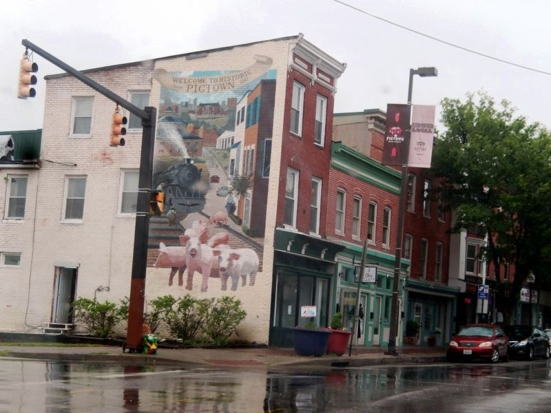 Welcome to Pigtown mural image. Click for full size.