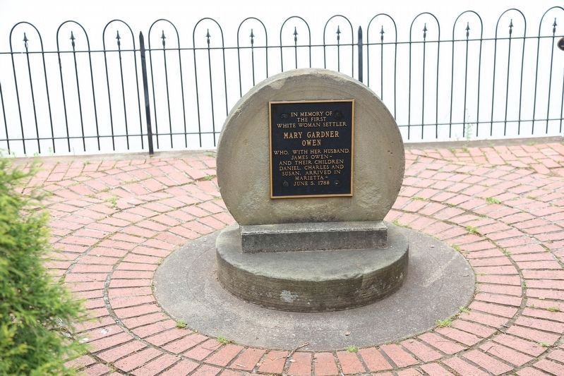 Nearby Monument to the First White Woman Settler image. Click for full size.