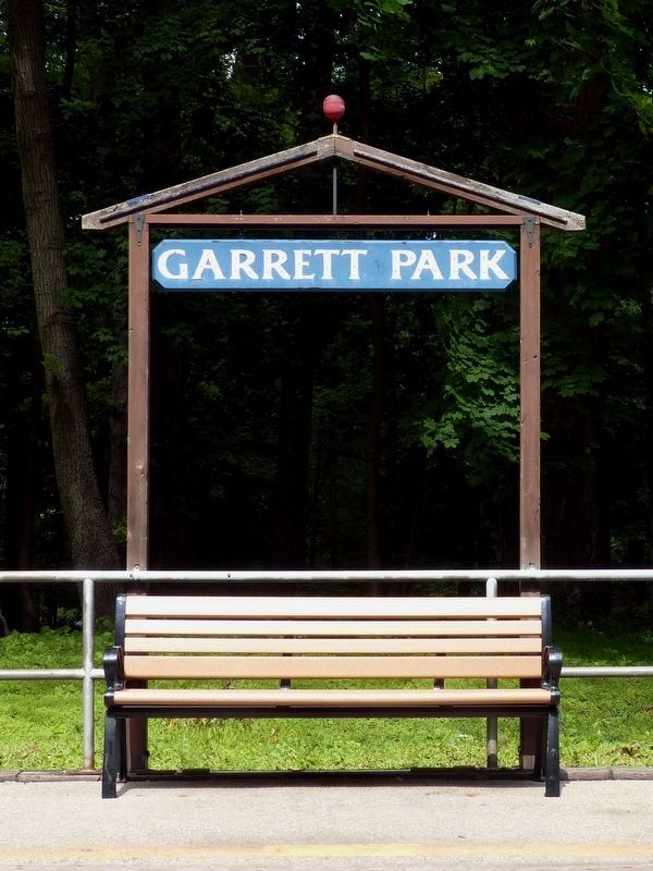Garrett Park Waiting Room Bench image. Click for full size.