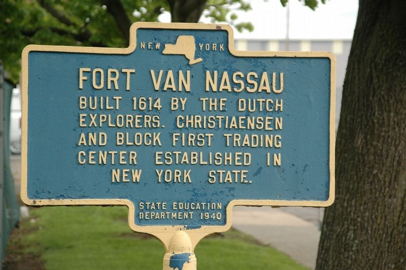 Fort Van Nassau Marker image. Click for full size.