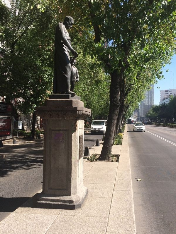 Nicolás García de San Vicente statue and Marker image. Click for full size.