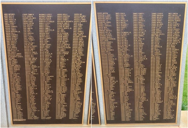 World War II Memorial right side honor roll. image. Click for full size.