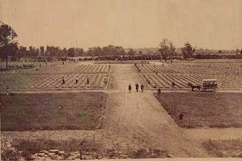 Stones River National Cemetery image. Click for full size.