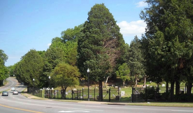 This is the north side of Cedar Hill Cemetery. image. Click for full size.