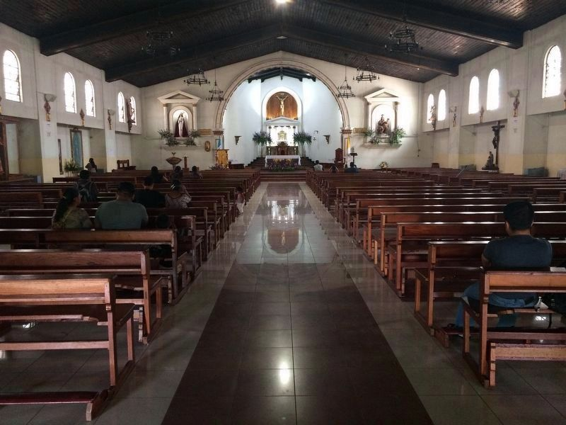 Interior of the Parish of Our Lady of Santa Anna Catholic Church of Chimaltenango. image. Click for full size.