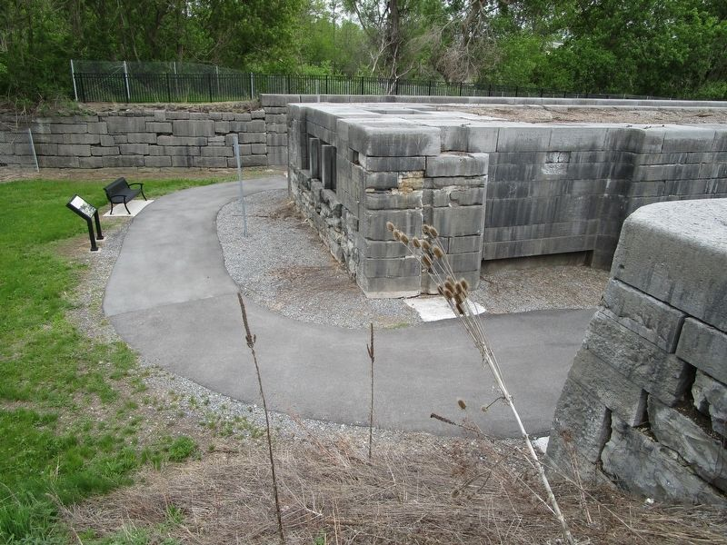 Tanner's Dry Dock Marker & Lock 52 image. Click for full size.