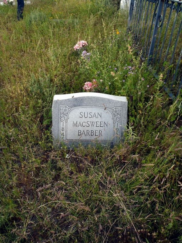 Susan McSween Barber grave, Cedarvale Cemetery, White Oaks NM image. Click for full size.