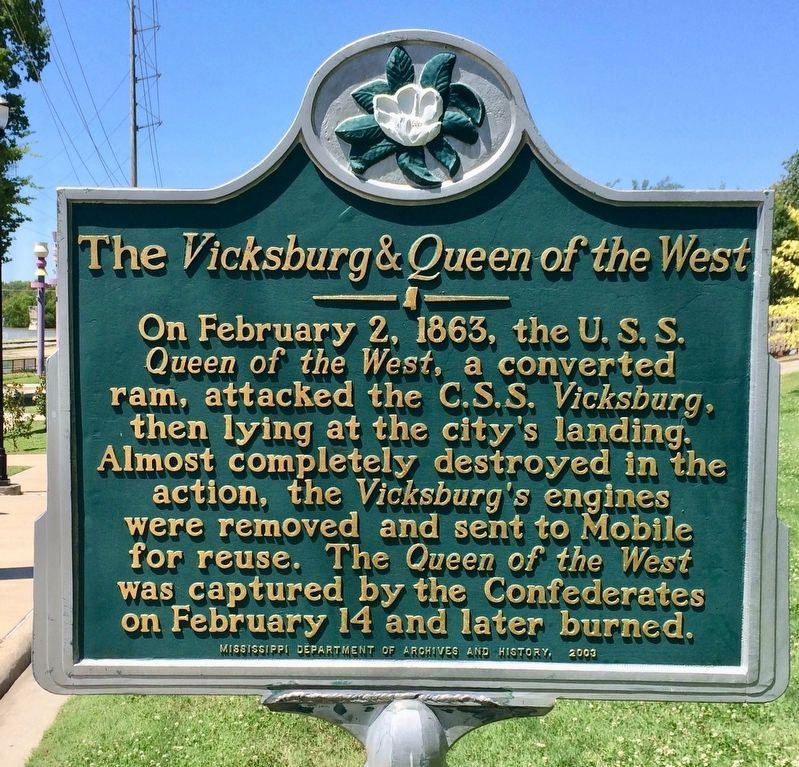 The <i>Vicksburg & Queen of the West</i> Marker image. Click for full size.