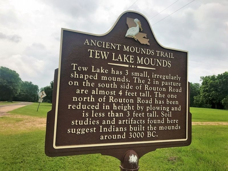 Tew Lake Mounds Marker image. Click for full size.