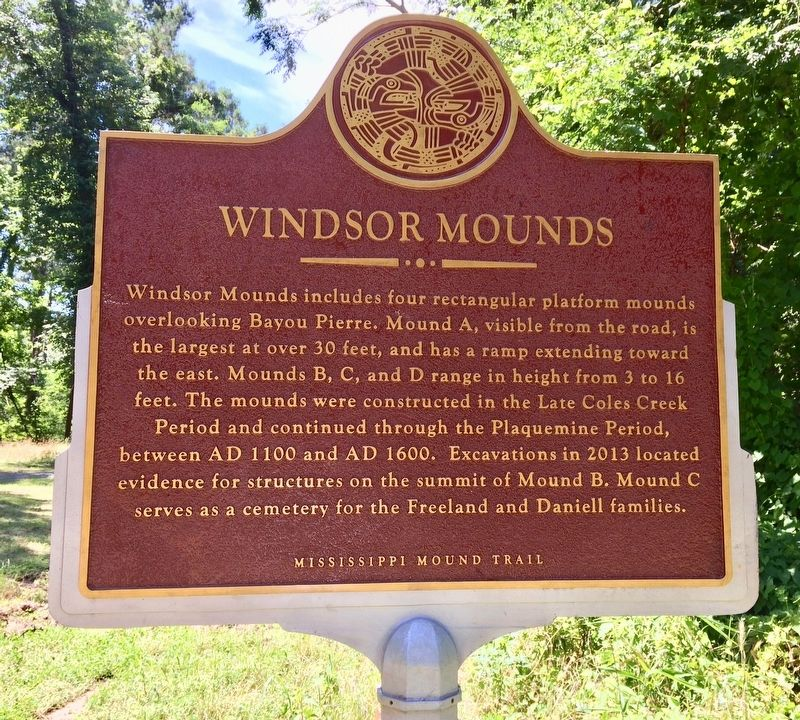 Windsor Mounds Marker (Front) image. Click for full size.