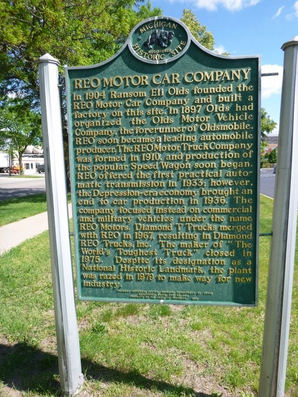 REO Motor Car Company / REO Clubhouse Marker image. Click for full size.