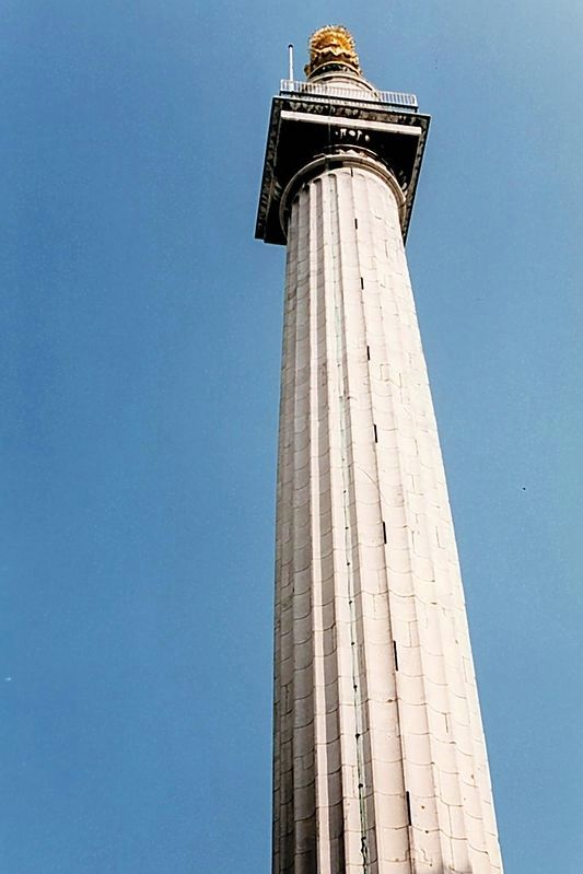 The Monument has a viewing platform reached by walking up a 311 step spiral staircase. image. Click for full size.
