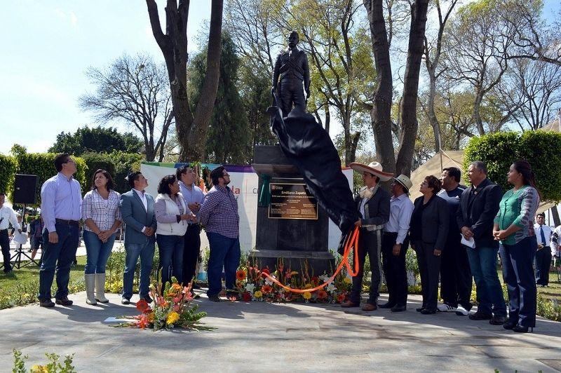 A photo of the unveiling of the statue and marker of Emiliano Zapata image. Click for full size.