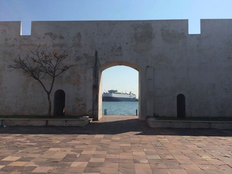 "The ""Gate to the Sea"" at San Juan Ulúa image. Click for full size."