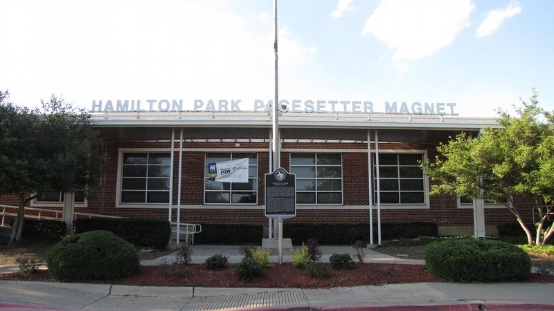 Hamilton Park CommunityMarker in front of Hamilton Park Pacesetter Magnet School image. Click for full size.