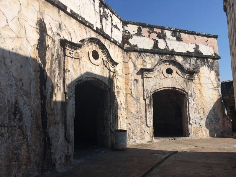 Former prison cells at Fort San Juan de Ulúa image. Click for full size.
